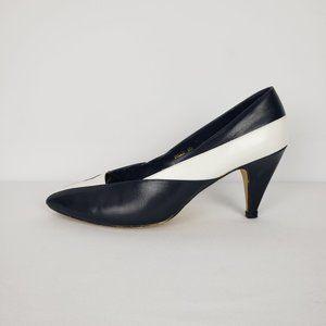 Eaton Navy & White Vintage Shoes Size 9